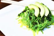 4 Beneficii ale algelor marine + rețetă de salată de alge