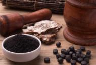 La ce ajută cărbunele vegetal