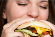 Aceste alimente îți distrug lent ficatul!
