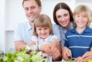 Retete pentru toata familia: Salate sanatoase si delicioase, de sezon!