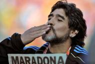 ULTIMA ORĂ. Diego Armando Maradona a murit la 60 de ani!