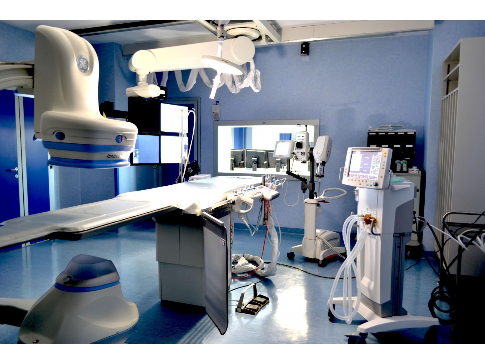 Spitalul Monza - Angiograf1.jpg