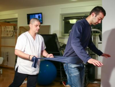 Kinetoterapia, vindecare prin mişcare