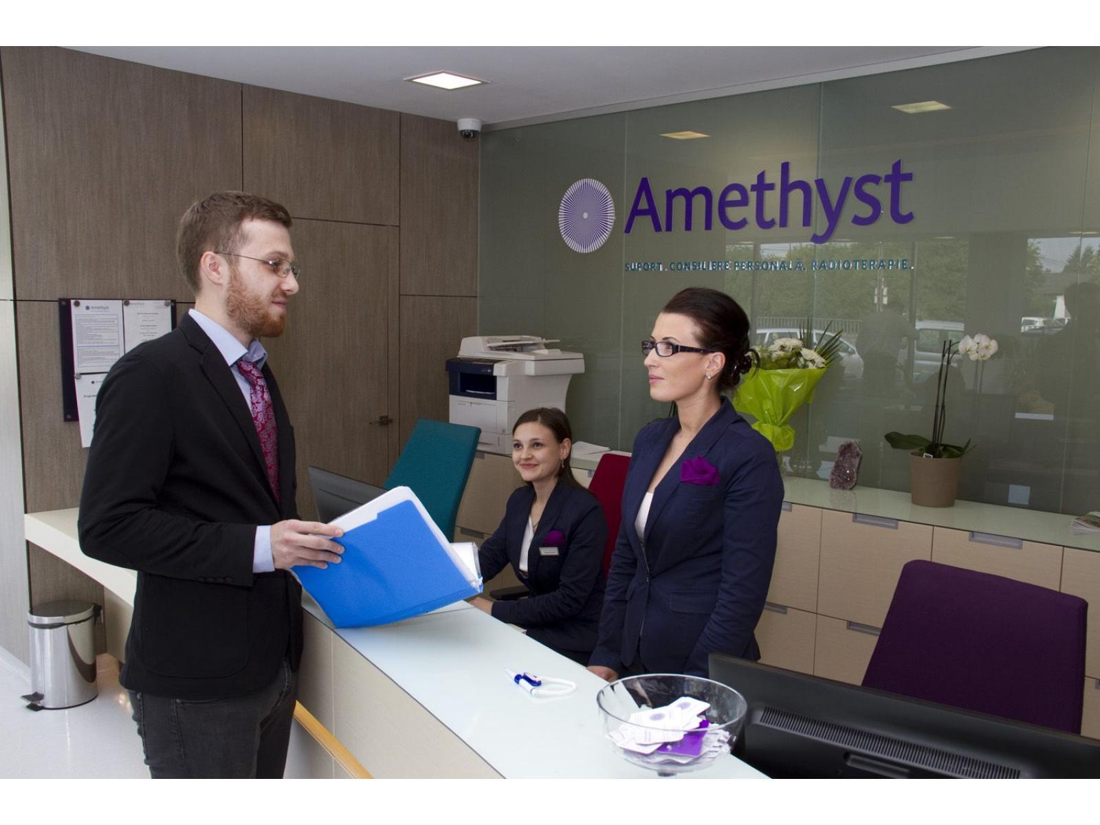 Centrul de Radioterapie Amethyst - Contact_page.jpg