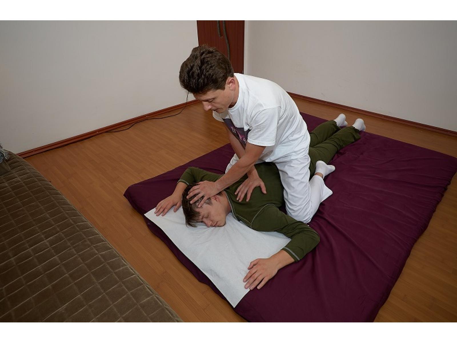 LITherapy - Yumeiho®_-_Mobilizare_Cervicală.jpg