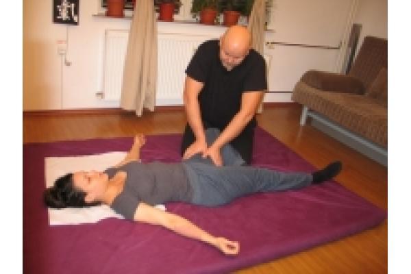 LITherapy - Yumeiho®_-_Masajul_Adductorilor.jpg