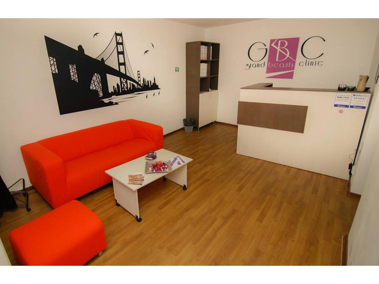 Grand Beauty Clinic - 10440778_800011720091664_7869326740212924236_n.jpg