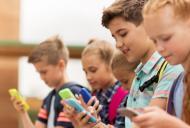 Tableta sau telefonul pot crea dependenta la copii?
