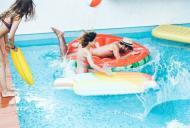 Boli ce pot fi luate de la piscina