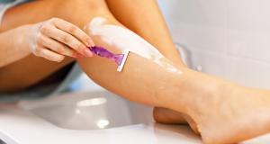 Cum poate fi ameliorata iritatia pielii dupa ras?
