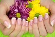 10 trucuri pentru unghii sanatoase